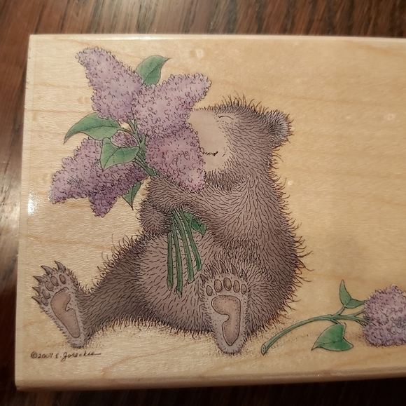 GRUFFIES SCRAPBOOK STAMP-SMELLING THE FLOWERS